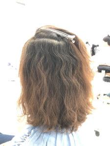 強ウェーブのくせ毛を縮毛矯正