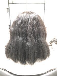 【ホームカラーの危険性】難易度高い縮毛矯正